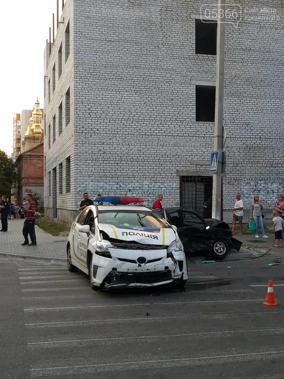В центре Кременчуга машина патрульной полиции врезалась в Фольксваген. Трое пострадавших (ФОТО), фото-4