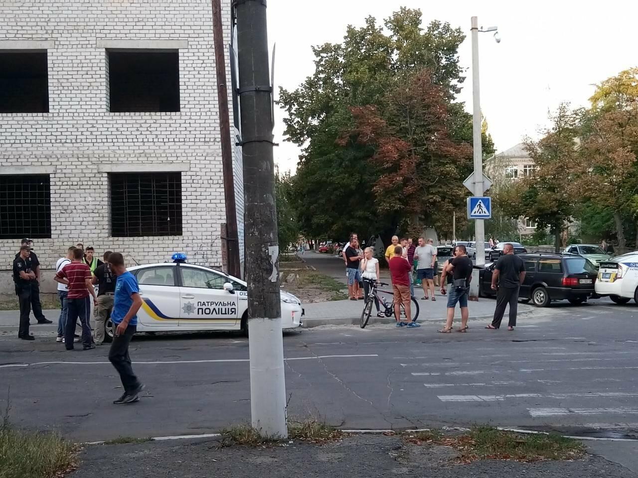В центре Кременчуга машина патрульной полиции врезалась в Фольксваген. Трое пострадавших (ФОТО), фото-6