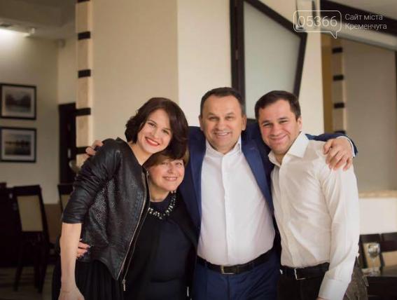 Нардеп Олексій Мовчан зміцнює свої позиції у Кременчуці: взяв у помічниці доньку секретаря міськради, фото-3