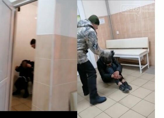 Били на унитазе и на полу вместо помощи: сотрудники больницы №1 избили и обматерили двух пьяных парней, фото-2
