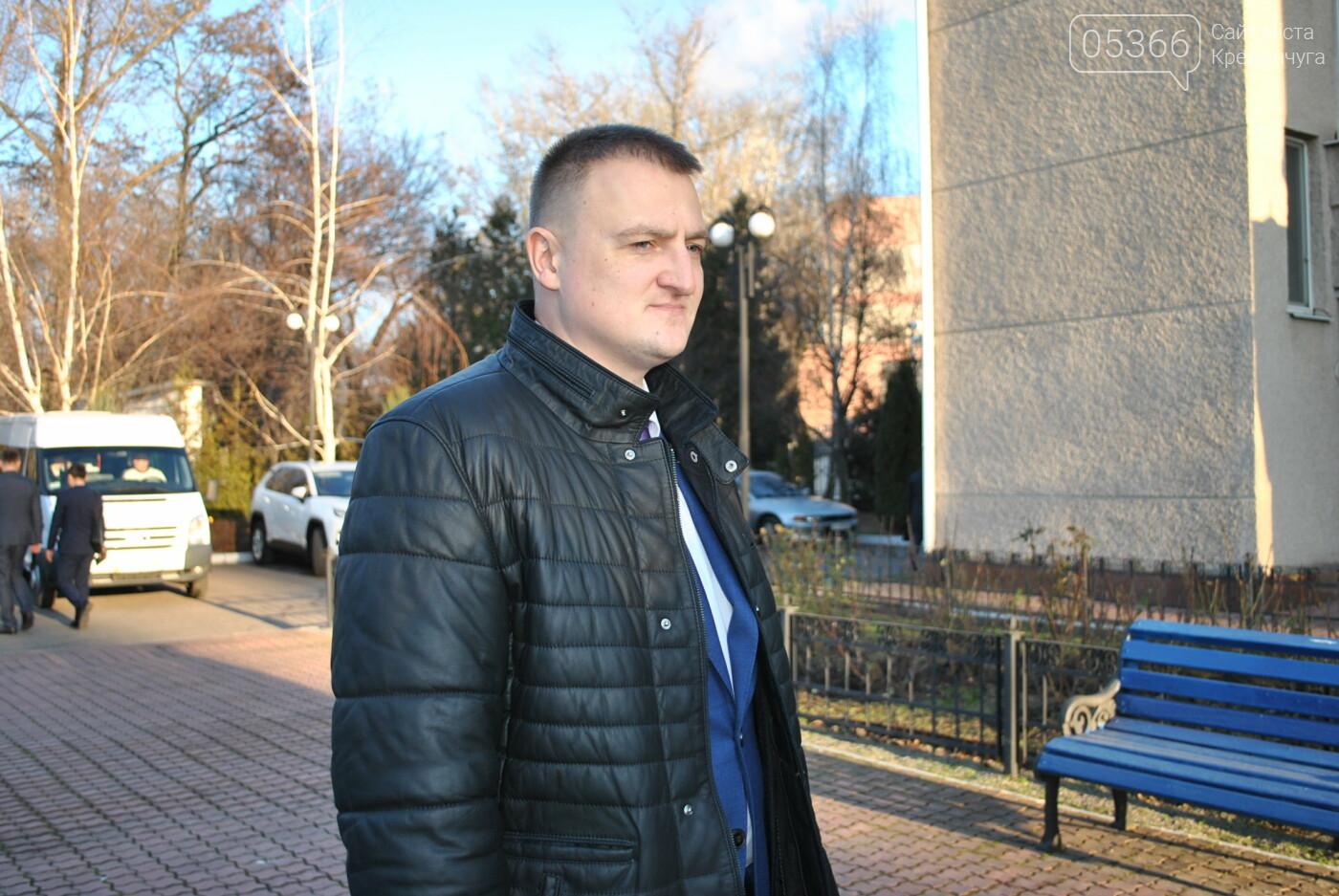 Пообіцяв зайнятися питанням вивезення піску з дамби: у Кременчуці прокурор області зустрівся зі ЗМІ, фото-1
