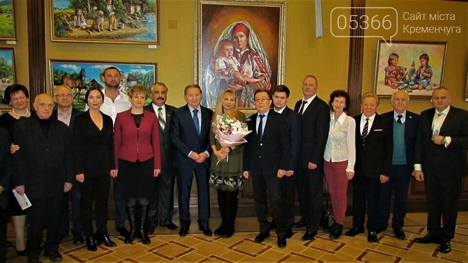 """У рамках проекту """"Усе буде добре"""" в столиці відкрилася виставка картин кременчуцької художниці, фото-3"""