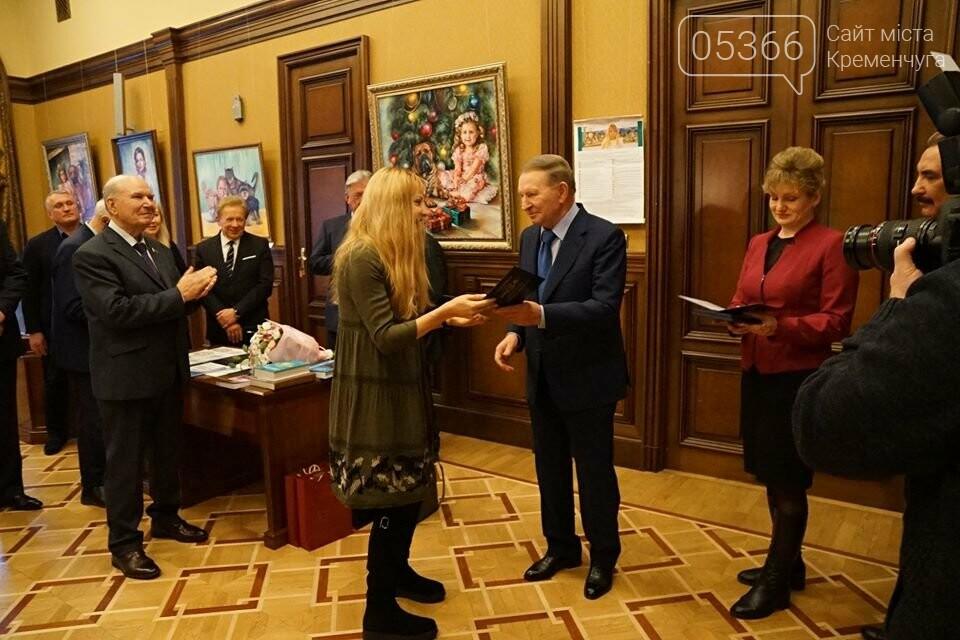 """У рамках проекту """"Усе буде добре"""" в столиці відкрилася виставка картин кременчуцької художниці, фото-1"""