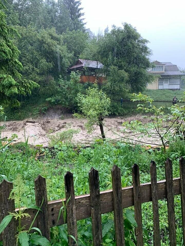 Кременчужани зняли відео стихійного лиха у Ворохті, фото-1