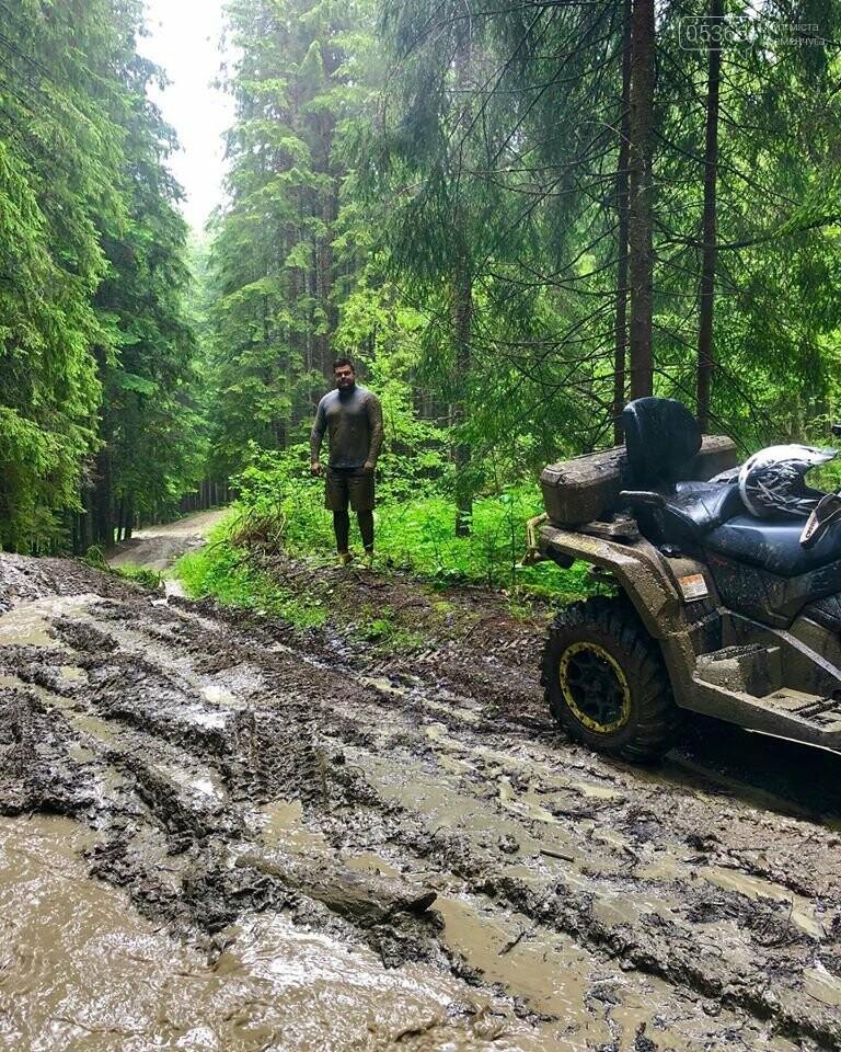 Кременчужани зняли відео стихійного лиха у Ворохті, фото-3