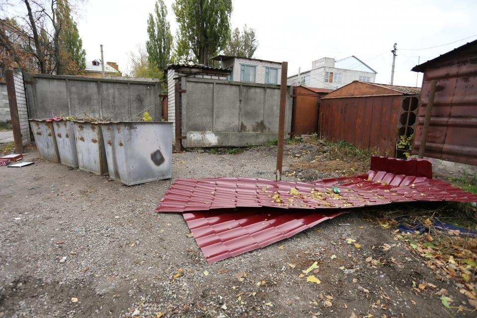 В Кременчуге жилой дом в такое ненастье остался без кровли (ФОТО), фото-4