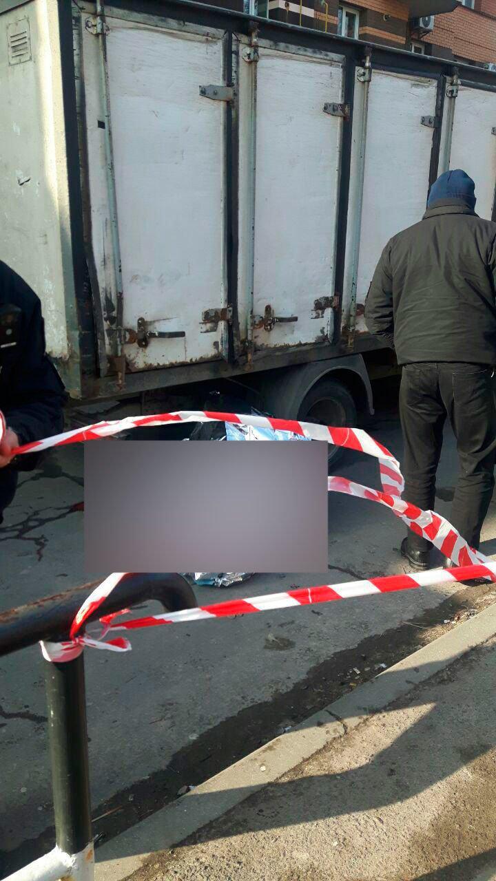 В Полтаве 88-летний пенсионер погиб под колёсами хлебовозки (ФОТО), фото-1