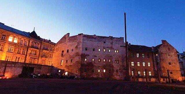 Тюрьма на Лонцького