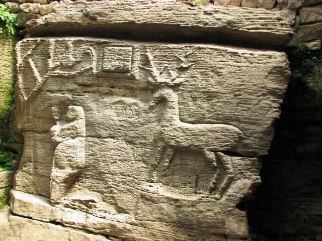 Скельний храм