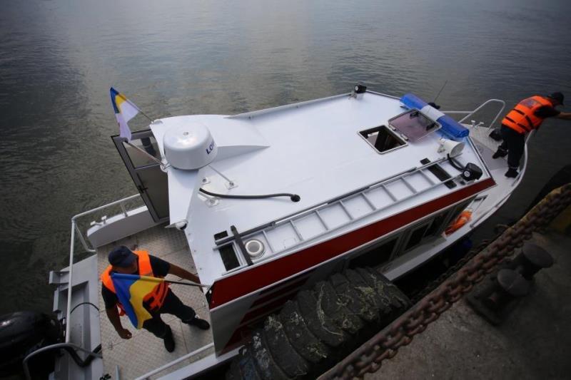 новый катер кременчугских спасателей