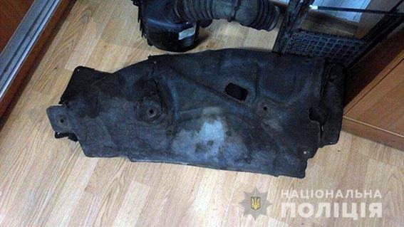 В Кременчуге двое мужчин пытались украсть запчасти с автомобилей (фото), фото-4