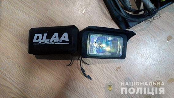 В Кременчуге двое мужчин пытались украсть запчасти с автомобилей (фото), фото-2