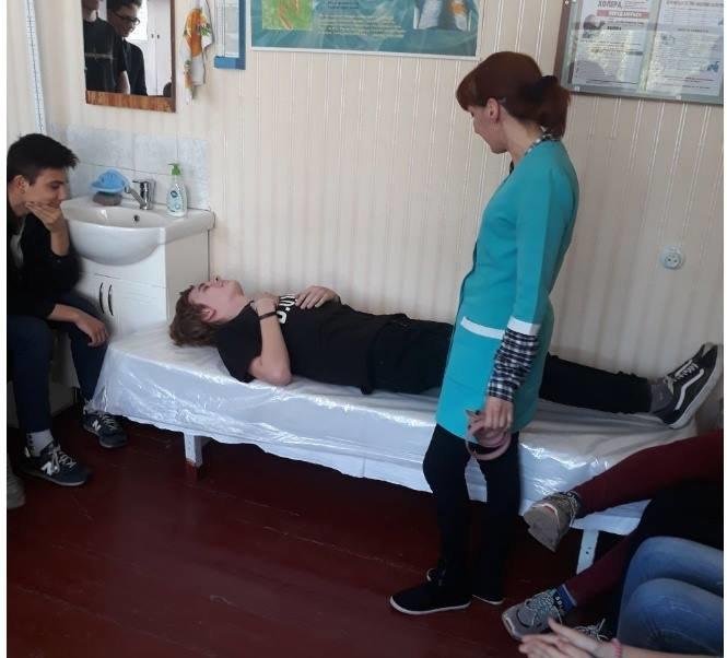Кременчуцьких старшокласників навчили надавати домедичну допомогу, фото-2