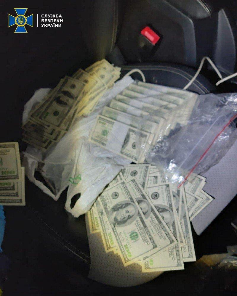 На Полтавщині СБУ затримало службовця податкової під час отримання 85 тисяч доларів, фото-1