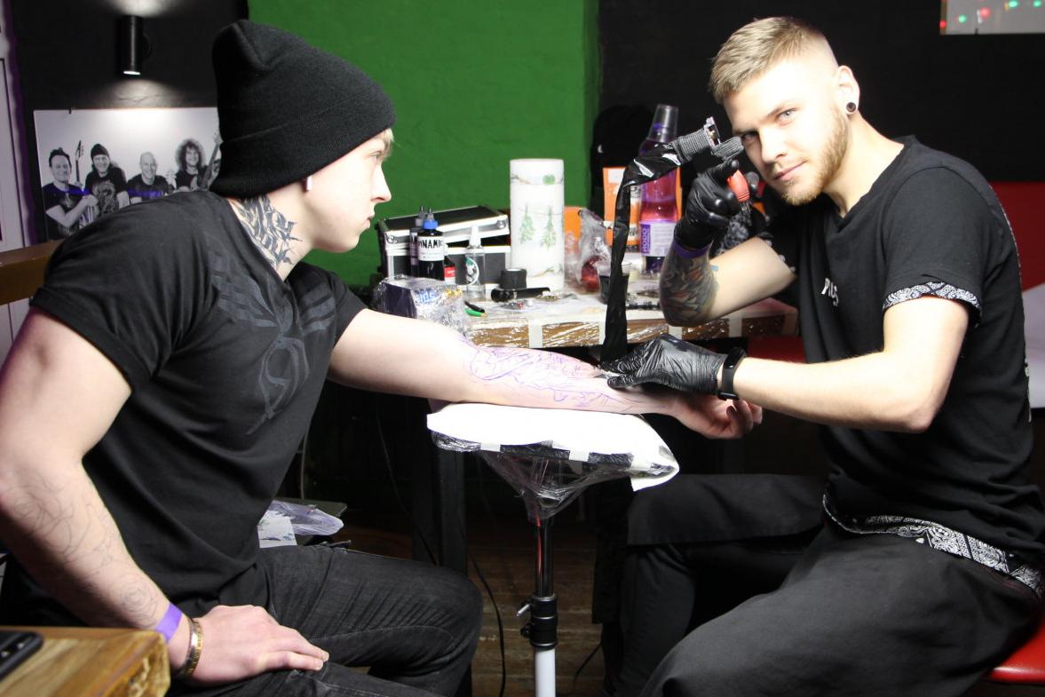 Кременчуцькі тату-майстри беруть участь у фестивалі «Snow Tattoo Fest Poltava-2020», фото-1